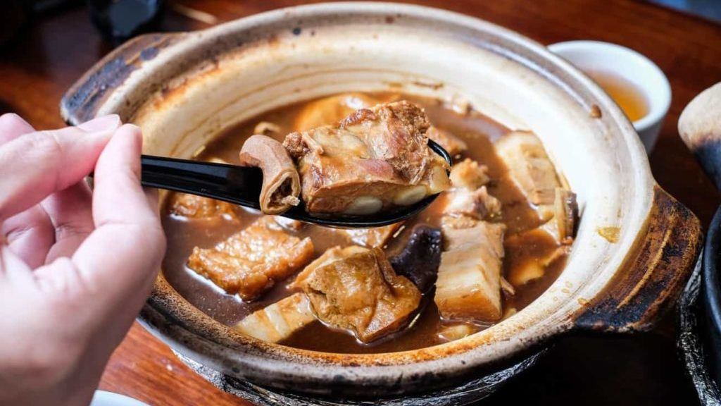 Best 6 Bak Kut Teh Places To Warm Up in Melaka
